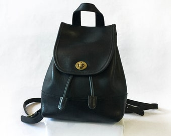 baf1d9d57d Black Coach Mini Backpack Vintage style 9960 in Excellent Condition Brass  Hardware