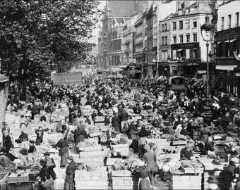 Poster, Many Sizes Available; Street Market In Paris, France 1920