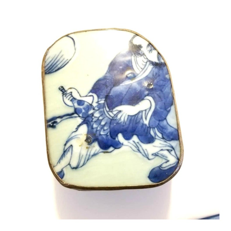Shard Trinket Box made from Blue & White Chinese Porcelain and image 0