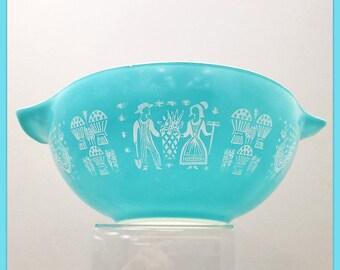 Pyrex Turquoise Butterprint 4 Qt Cinderella Bowl 444