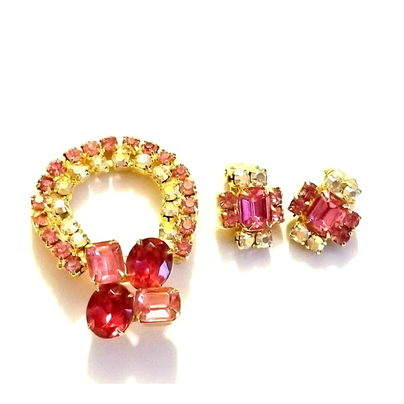 Vintage Couture Vintage Pink Rhinestone Brooch and Clip on Earrings