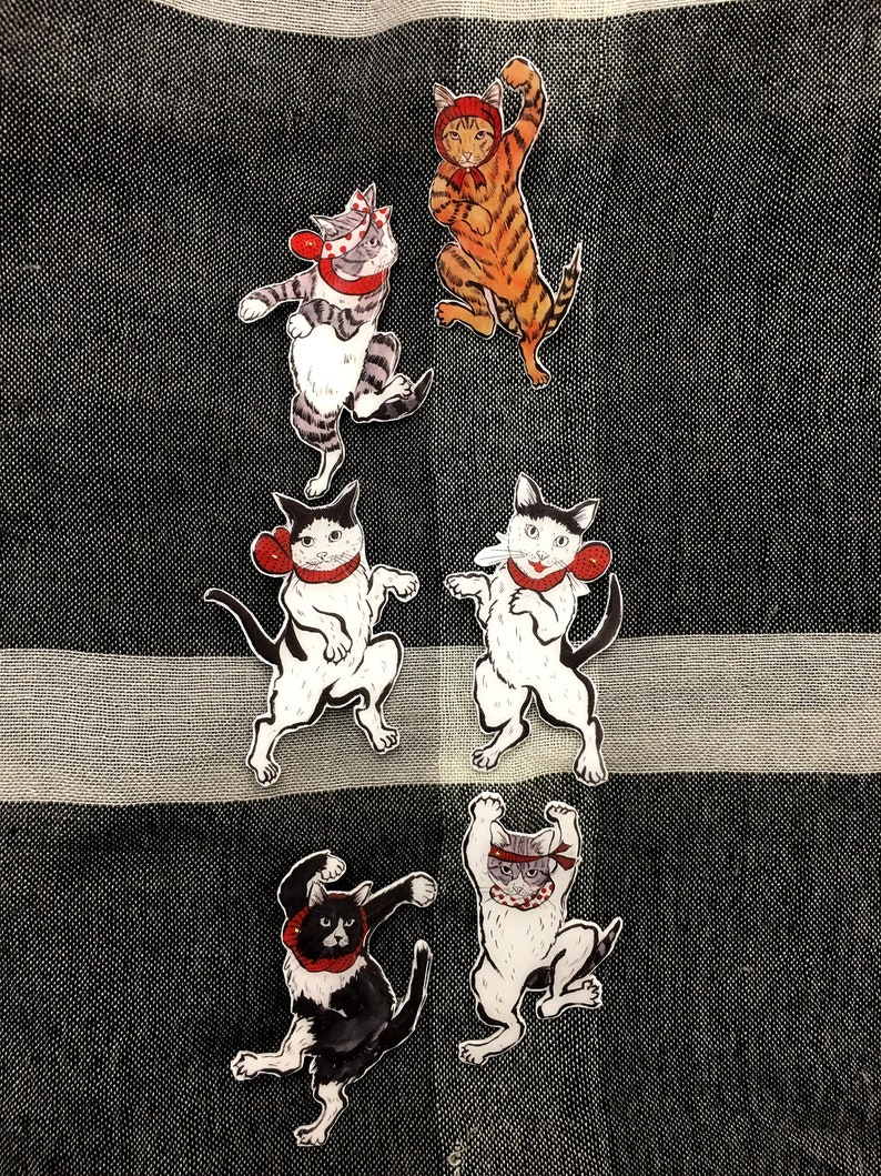 pin JIJI  Zara Zara Cat Dancer Brooch