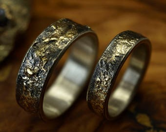 Gold Reticulated Silver wedding band set, Unique wedding bands, Rustic Matching bands set, Wedding engagement Ring, Mens wedding band