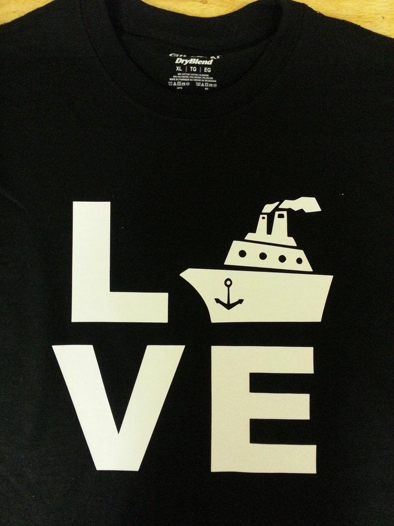 LOVE Cruising shirt image 0