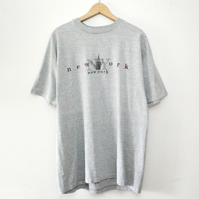Vintage 90's New York City T-Shirt SZ Large image 0