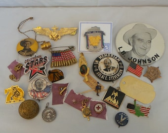 HUGE Lot Junk Drawer Jewelry Political Pins Pinback Buttons Men's Jewelry Tie Tacks Clips Souvenirs Collectables