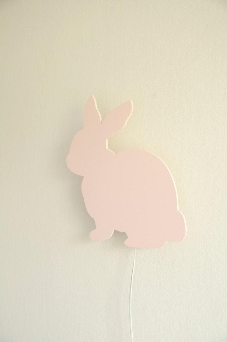 Coniglio a parete lampada da notte. Idea in legno rosa fatto a zN2LrsJO