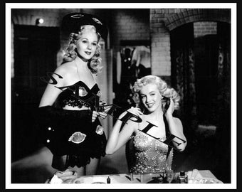 Marilyn Monroe  Vintage 8x10 Press Photo
