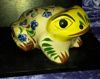 """FROG TONALA Mexico Ceramic  Glazed Hand Painted Floral Design, Frog Signed """"CAT Mexico 384"""", Beautiful Frog, Check All Pictures"""
