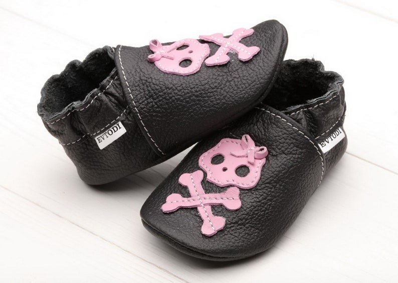 8b32259b1b418 Black&Pink Skull Baby Shoes, Halloween Baby Shoes/Booties, Baby Moccasins,  Soft Sole Toddlers Shoes, Leather Infant Shoes, Girl Shower Skull
