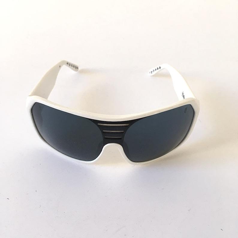 8603cee1fd 00s Vintage Tsubi   Ksubi white robot sunglasses