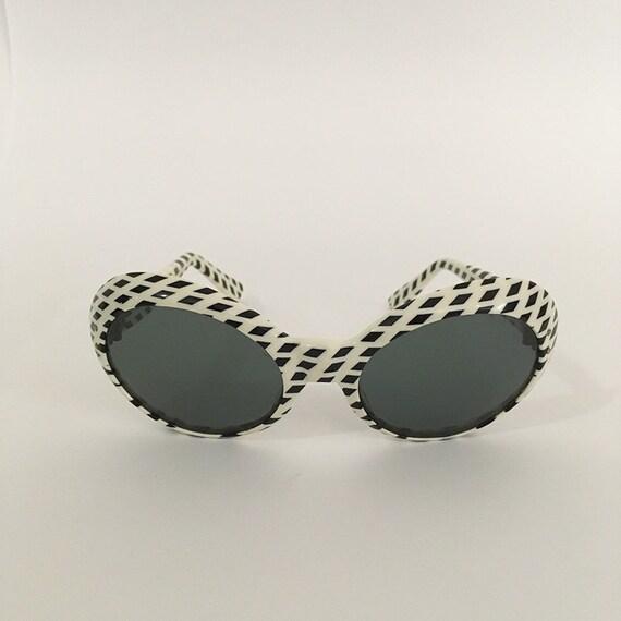 70s Vintage Optical Art Sunglasses : op-art