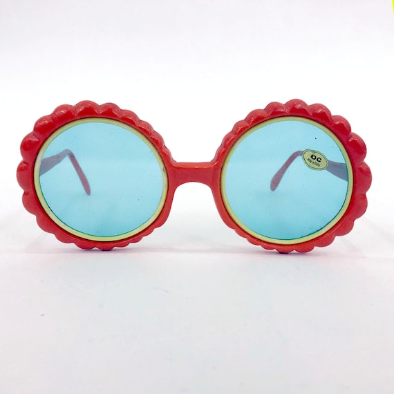 70s Vintage Red Flower Sunglasses : Made in Italy