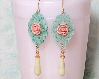 Mint Green Laser Cut Resin Filigree Earrings, Vintage Style Earrings, Bohemian Dangle Earrings, Chandelier Earrings