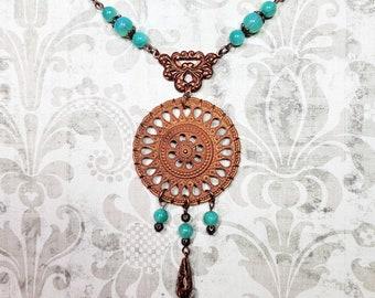 Vintage Brass Necklace, Bohemian Style Necklace, Green Necklace, Vintage Brass Medallion, Vintage Beaded Necklace