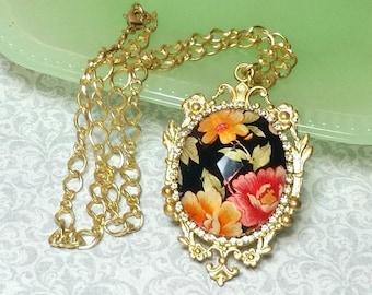 Elegant Victorian Style Necklace, Vintage Style Floral Pendant, Vintage Floral Cameo, Gold Tone Vintage Style Necklace