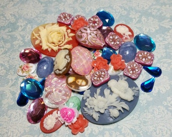 Destash Lot, Vintage Cameos, Loose, Vintage, Acrylic, Resin, Floral, Flower Cameos, Cabochons, Jewelry Components, Decal Cameos, 50 pc