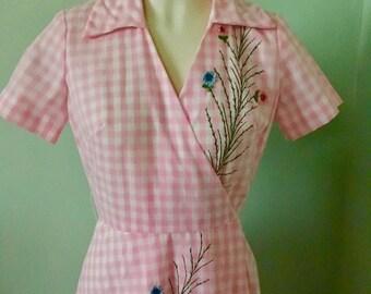 Vintage 50s Day Dress ~ Pink Gingham Print ~ 50s Shirtwaist Dress ~ Size Small   ~SALE~