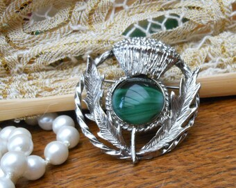 SCOTTISH THISTLE BROOCH - 1960's - Signed Exquisite - Scottish brooch - Faux banded agate - Vintage brooch - Traditional - Gift Boxed