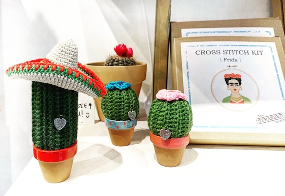 Crochet Cactus w/ mexican hat
