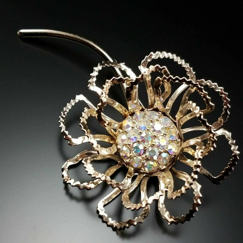 Vintage Sarah Coventry Allusion 60S Pin Flower Rhinestone Brooch Estate Jewelry
