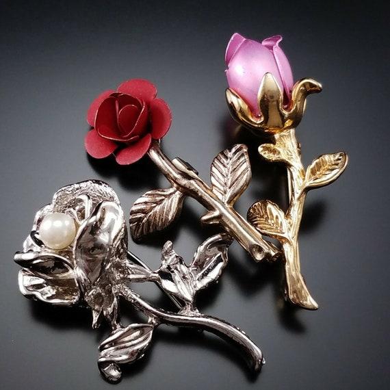 Estate 14k HEAVY Yellow Gold Bone Rose Bud Brooch Pin BIG 6.0g Mid Century Marked 14 k kt Carved Vintage Floral Flower Carving Gift Present