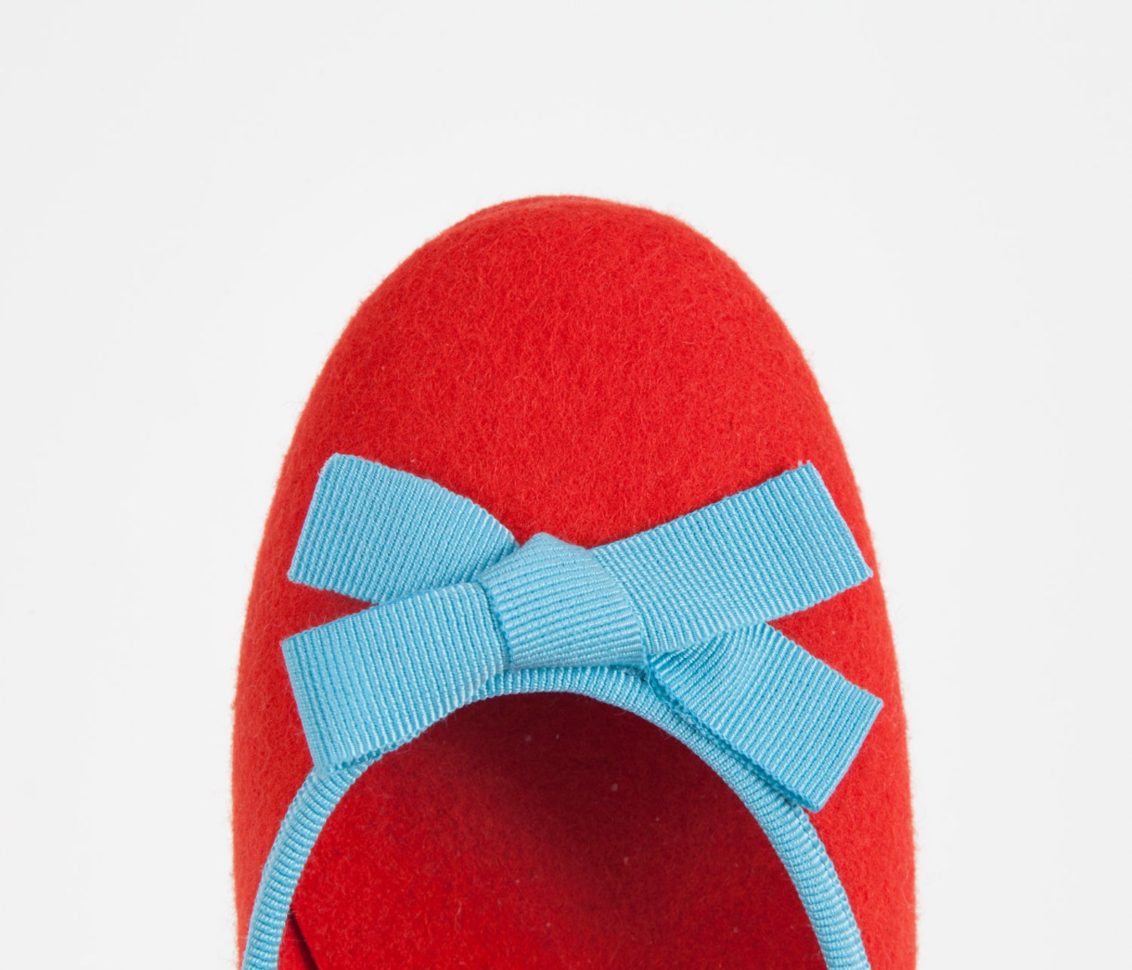 women's slippers- red ballet flat- merino wool felt- handmade in italy- grosgrain ribbon & bow- size eu 37