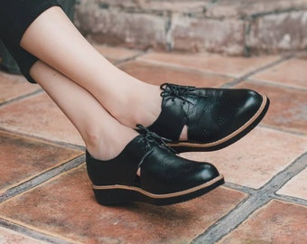 8aa7958d76d8 Black Oxford ,Women Leather Shoes, Leather Oxfords, Oxford Shoes, Painted  Leather Shoes, Closed Shoes, Brown Shoes, Handmade,