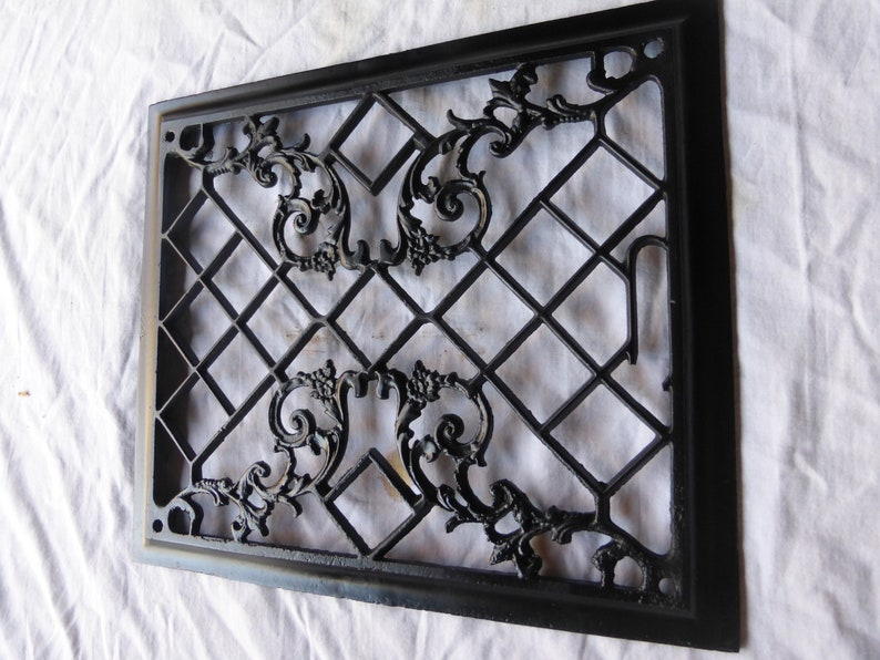 Vintage Antique Victorian Cast Iron Heat Wall Floor Register Grate LG