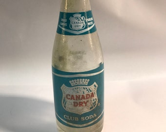 Vintage Canada Dry soda bottle glass collectible blue