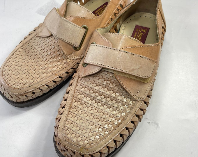 Men's Summer Shoes, Lions Den by Haband Leather Loafers Shoes Size 8 1/2, Velcro Closure