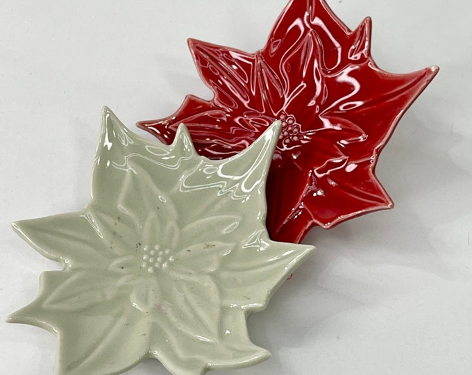 Poinsettias Mini Dishes, Decorative Christmas Miniature Plates, Holiday Decor