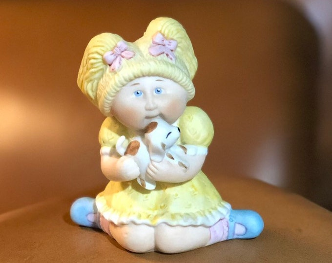 Cabbage Patch Kids Figurine, GIRL With PUPPY, collectible Statue