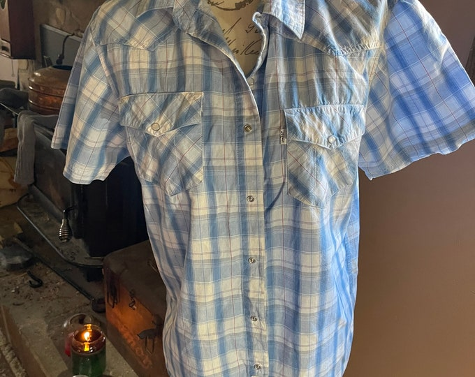 Levi's Summer Shirt, Country Western Wear, Cowboy Style