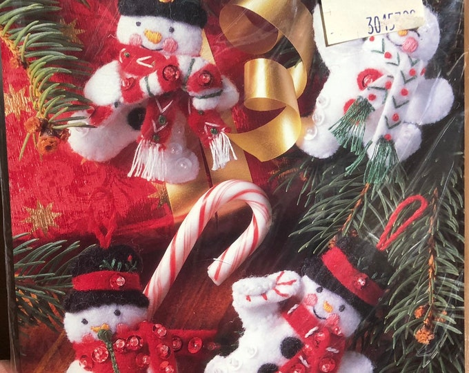 Christmas Snowman Ornaments Kit, Felt and Sequins Needle Craft Project, Handmade Sewing Gift