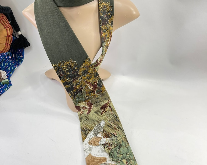 Bird Dog Necktie, Green Birds Scene Tie , Bird Hunter Necktie