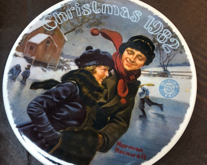 Norman Rockwell Christmas plate, Vintage Christmas Decoration - Collectible Dish