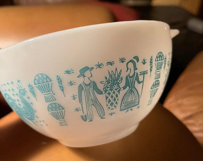 Pyrex Bowl, Vintage Ovenware, Retro Amish Butterprint Farmhouse Dish
