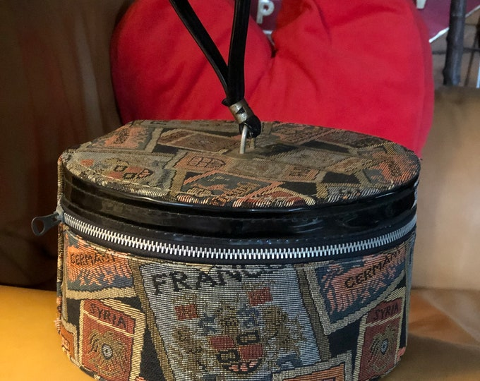 Retro Train Case, Vintage Tapestry Travel Case, Carpetbagger Make Up Bag, Tapestry Carry On Luggage
