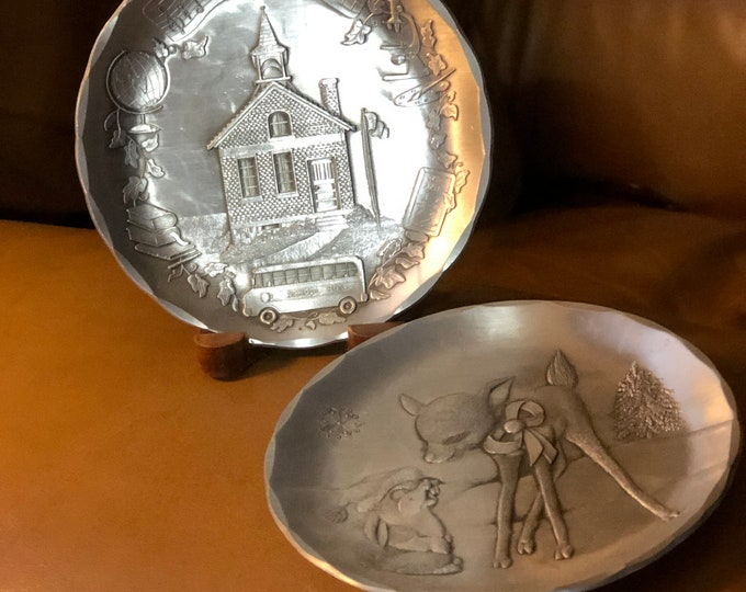 Wendell August Forge, Collectibles Aluminum Coaster Gifts, Schoolhouse and Fawn