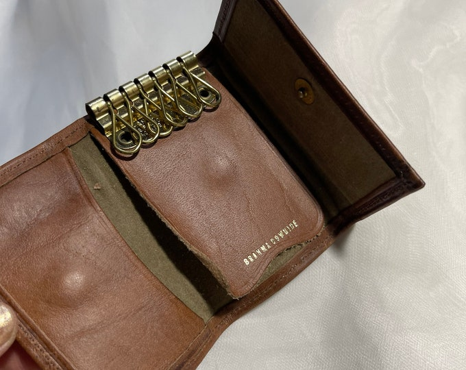 Brown Leather Key Chain, Vintage Key Case, unisex retro key holder