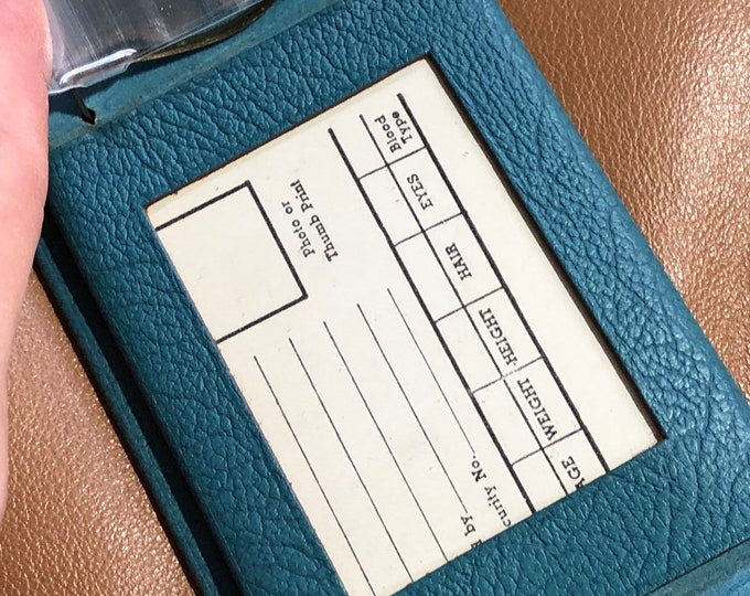 Wallet Women's Vintage, Teal Colored Bifold, Photo holder change and bills