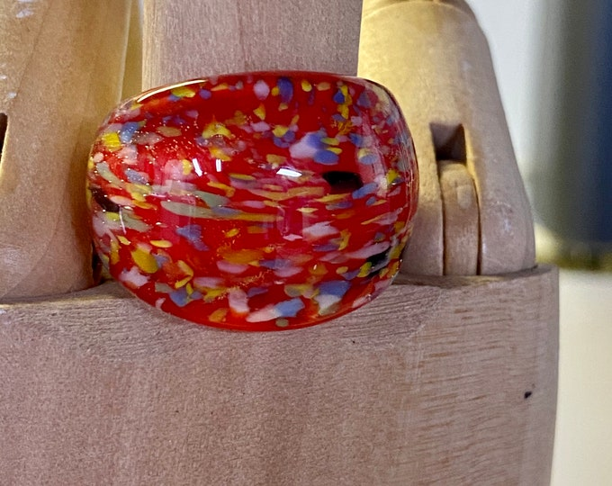 Red Plastic Mod Statement Ring, colored bubble ring, size 8 1/2 ring