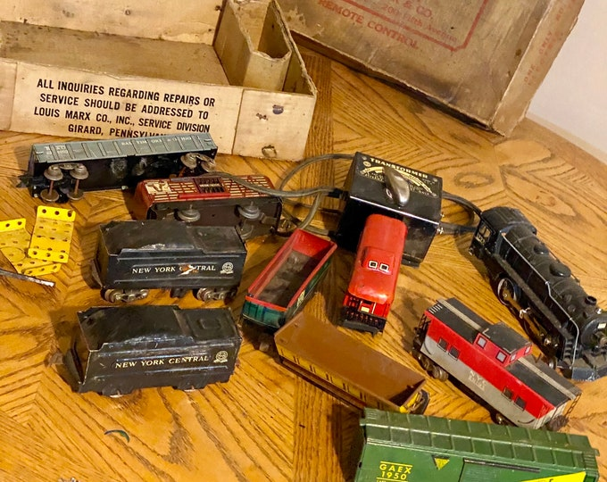 Railroad Train Set, Vintage Model Railroad Train Cars