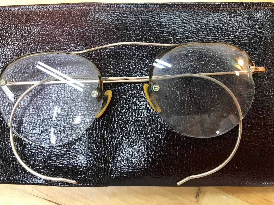 Wire Rim Eyeglasses with Antique leather case, Steampunk Style - Vintage Glasses