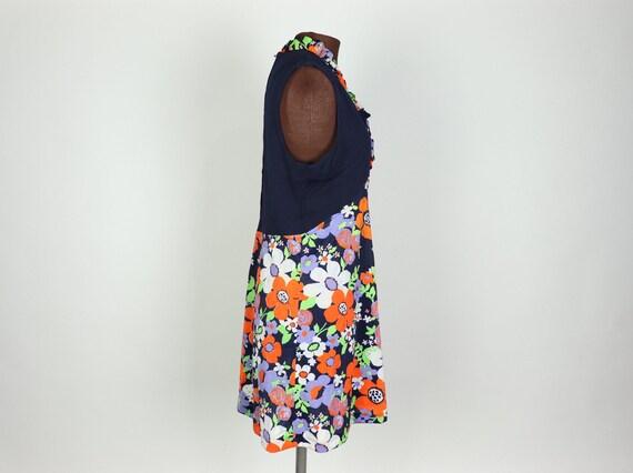 Vintage 1970s Floral mini Dress, handmade - image 2