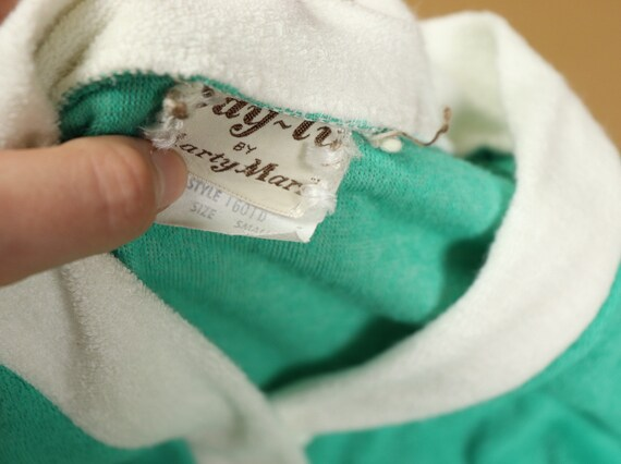 Teal terry cloth robe, 1970s vintage, size small - image 4