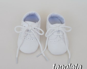 43c598bcbdcc White baby shoes