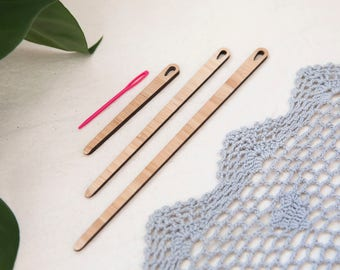 Bamboo Weaving Needles; small, medium, large and plastic tapestry needle