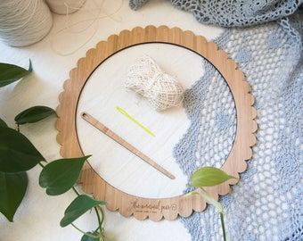 Large Round Bamboo Weaving Loom Starter Kit - includes loom, needle and cotton warp